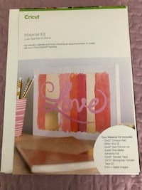 Cricut Love and Sparkle Material Kit