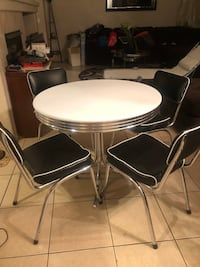 Retro Table Set with 4 Chairs Las Vegas, 89148