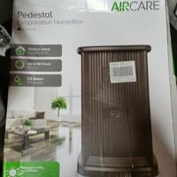 Humidifier AIR CARE EP9800. New West Chicago, 60185
