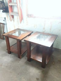 Set of end tables London, N6K 2G7