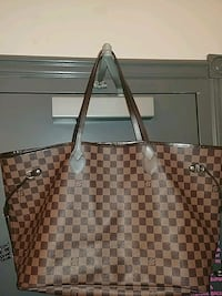 Authentic Louis Vuitton NeverFull GM w/Clutch! $500 obo NO TRADES! Vancouver, V6B 2K8