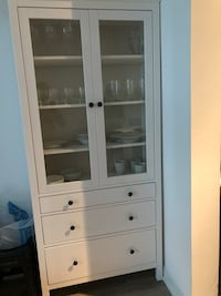 Cabinet with 3 drawers - Glass doors 538 km