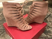 Gladiator wedges size 6 forever 21