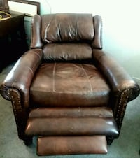 Bradington Young Leather Recline Bakersfield, 93311