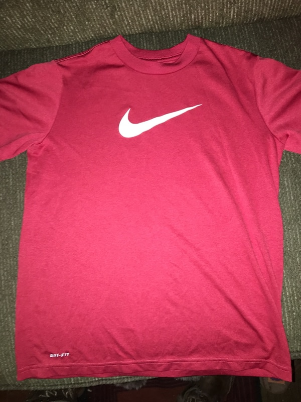 4a502c4e Used BOYS NIKE DRI-FIT SHIRT for sale in Spring Grove - letgo