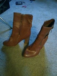 Zoey brown leather boots size 9