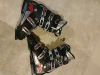 black-and-red ski boots Oakville, L6M 4M2