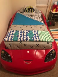 Corvette Race Car Beds with Twin Mattresses Chesapeake, 23323
