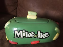 COLLECTABLE Mike & Ike Candy Dish