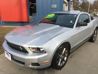 2012 Ford Mustang 2dr Cpe V6 Premium GUARANTEED CREDIT APPROVAL! Des Moines