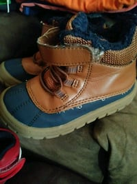 Boys Shoes  Des Moines, 50316