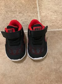 Nike Toddler size 3 Shoes Willow Springs, 60480