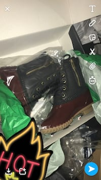 Pair of brown leather work boots Columbia, 21044