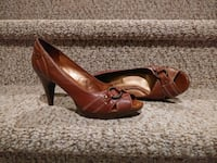 New  Women's Size 7.5 M Leather Connie Pumps Woodbridge, 22193