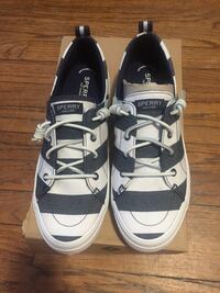 SHOES SPERRY NEW SIZE 10  Waterbury, 06702