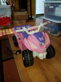 used power wheels minnie mouse lil 39 quad 6 volt ride on for sale in lake ridge letgo. Black Bedroom Furniture Sets. Home Design Ideas