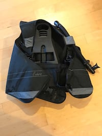 Ladies size small bcd for scuba diving   Mission, V2V