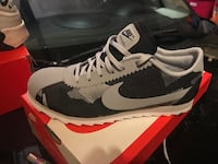pair of gray Nike Air Max shoes with box Clifton Park, 12065