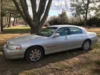 2004 Lincoln Town Car Ultimate COLUMBIA