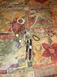 Lot of womens jewelry Clarksville, 37040