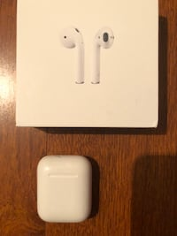AIRPODS | APPLE AIRPODS FIRST GEN Brampton, L6R 0N2