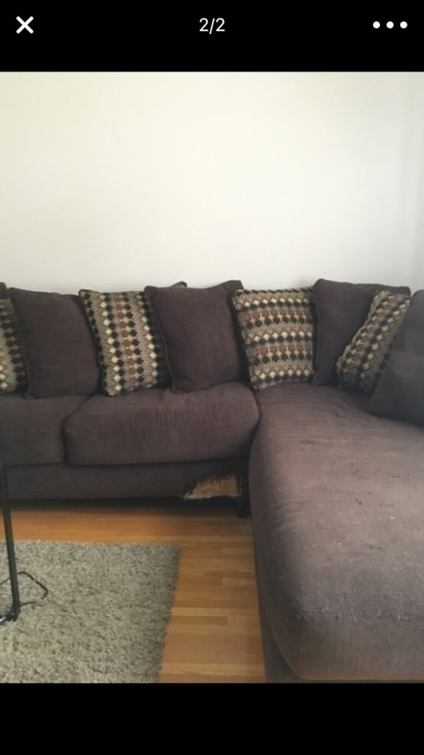 Used Bobs Furniture Couch For Sale In Aberdeen Letgo