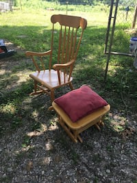 Woooden rocking chair and ottoman  Eagleville, 37060
