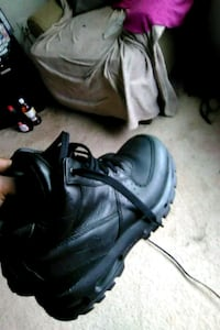 pair of black Nike Air Foamposite shoes Germantown, 20874