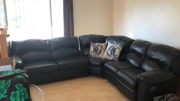 Incredible Leather Couch Its Yours For 50 Bring A Truck Or Can To Haul Away Note Located In San Jose Evergreenethics Interior Chair Design Evergreenethicsorg
