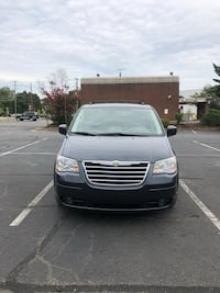 Chrysler - Town and Country - 2009