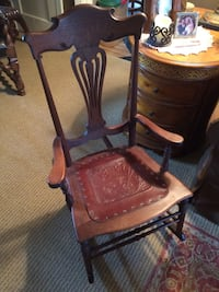 ANTIQUE VICTORIAN LEATHER SEAT ROCKER Baltimore, 21229