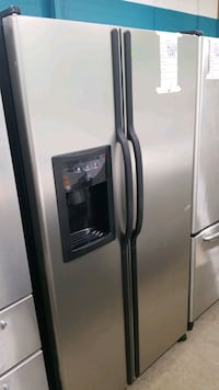 Ge side-by-side refrigerator 36x69.  Hempstead, 11550