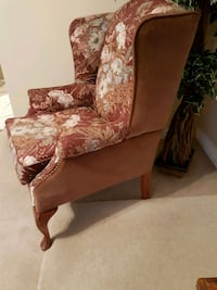 Wing chair Langley, V2Y 1M3