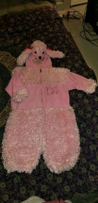 Pink poodle costume Hagerstown, 21740