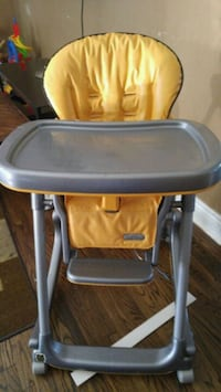 baby's yellow and gray high chair Hamilton, L9C 5B8