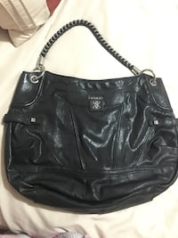 Guess purse - brand new!  Abbotsford, V2S 8N1
