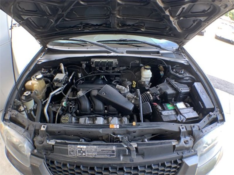 Ford Escape 2006 4fbea18d-b5d1-46ee-be71-e931cf480380