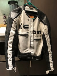 Icon motorcycle jacket North Vancouver, V7P