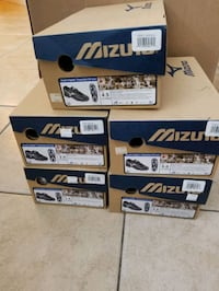 5 Pairs Mizuno Youth 9 Spike Franchise G3 Low (different sizes) Melbourne, 32904