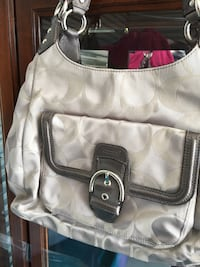 women's white and brown Coach shoulder bag Gilroy, 95020