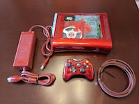 Xbox 360 game console with controller