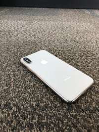 iPhone X 256GB - silver Toronto, M4Y 1W5