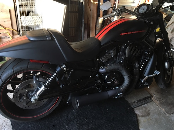2015 Harley Davidson VRod night edition  1