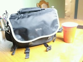 Nikon Camera Bag ( almost new never used)