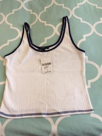 brand new  forever 21 tank top  tags attached  MONTREAL