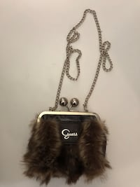 A Faux fur brown GUESS purse Port Coquitlam, V3C 6B2