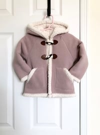 Old Navy toddler girl's fleece coat size 18-24 months- worn only once  Mississauga, L5M 0C5