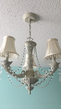 Chandelier cream colour with crystals Mississauga, L5N 6G7