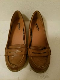 pair of brown leather loafers Lake Elsinore, 92532