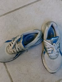 pair of white-and-blue running shoes Milford, 45150